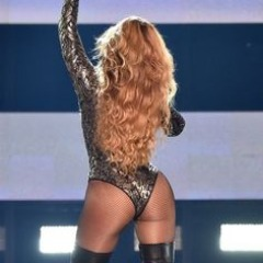 Nicki Minaj, Beyonce, Jennifer Lopez Top 10 Moments of the Year.